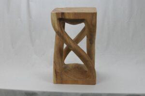 Holzhocker Modell 5