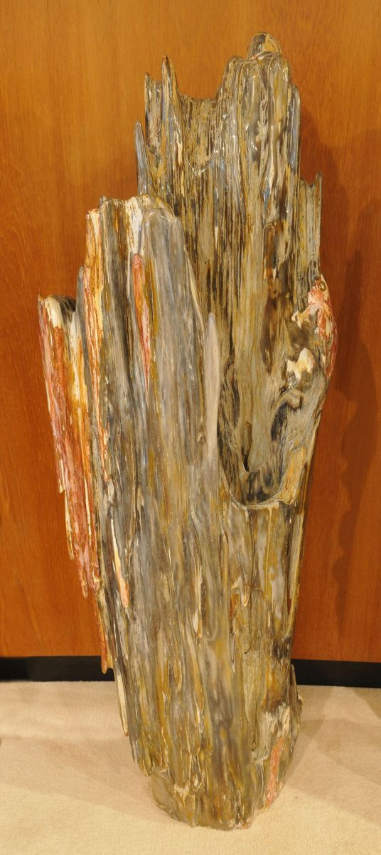 Sculpture petrified wood 19146
