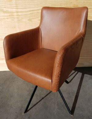 Dining room chair Binar ellipspoot