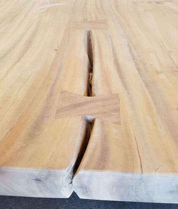 Tavolo tronco suar 21508