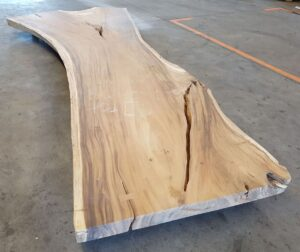 Tavolo tronco suar 21520