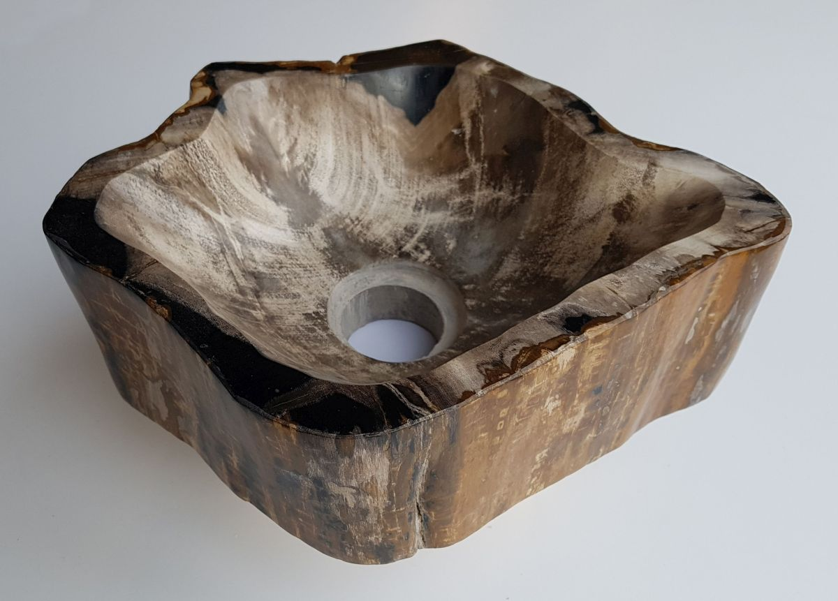 Wastafel versteend hout 32541