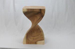 Houten krukje model 2