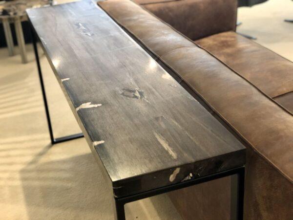 Table console bois pétrifié noir