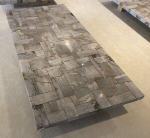 Table top petrified wood 33197