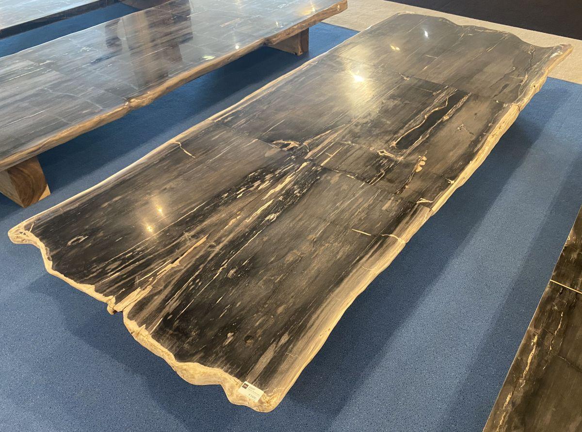Tafelblad versteend hout 33247