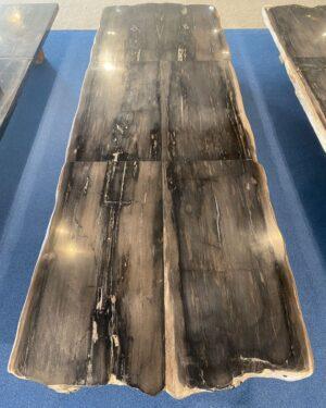 Tisch versteinertes Holz 33250