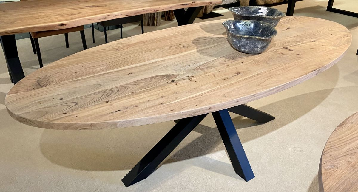 Mesa acacia ovalada