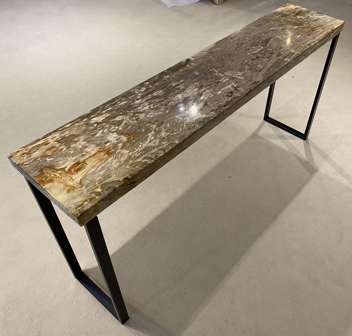 Console table petrified wood 34131