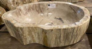 Wastafel versteend hout 30049