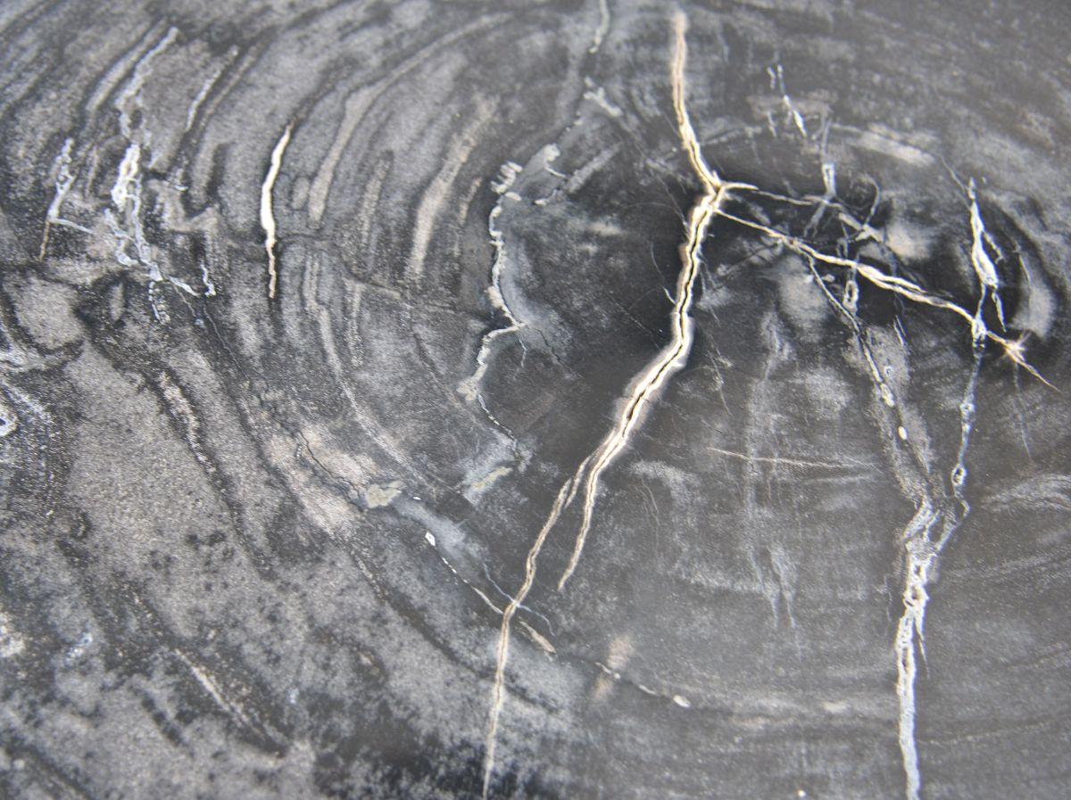 Salontafel versteend hout 35132