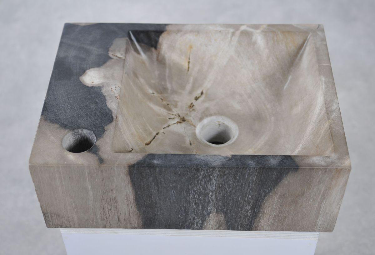 Wastafel versteend hout 34416