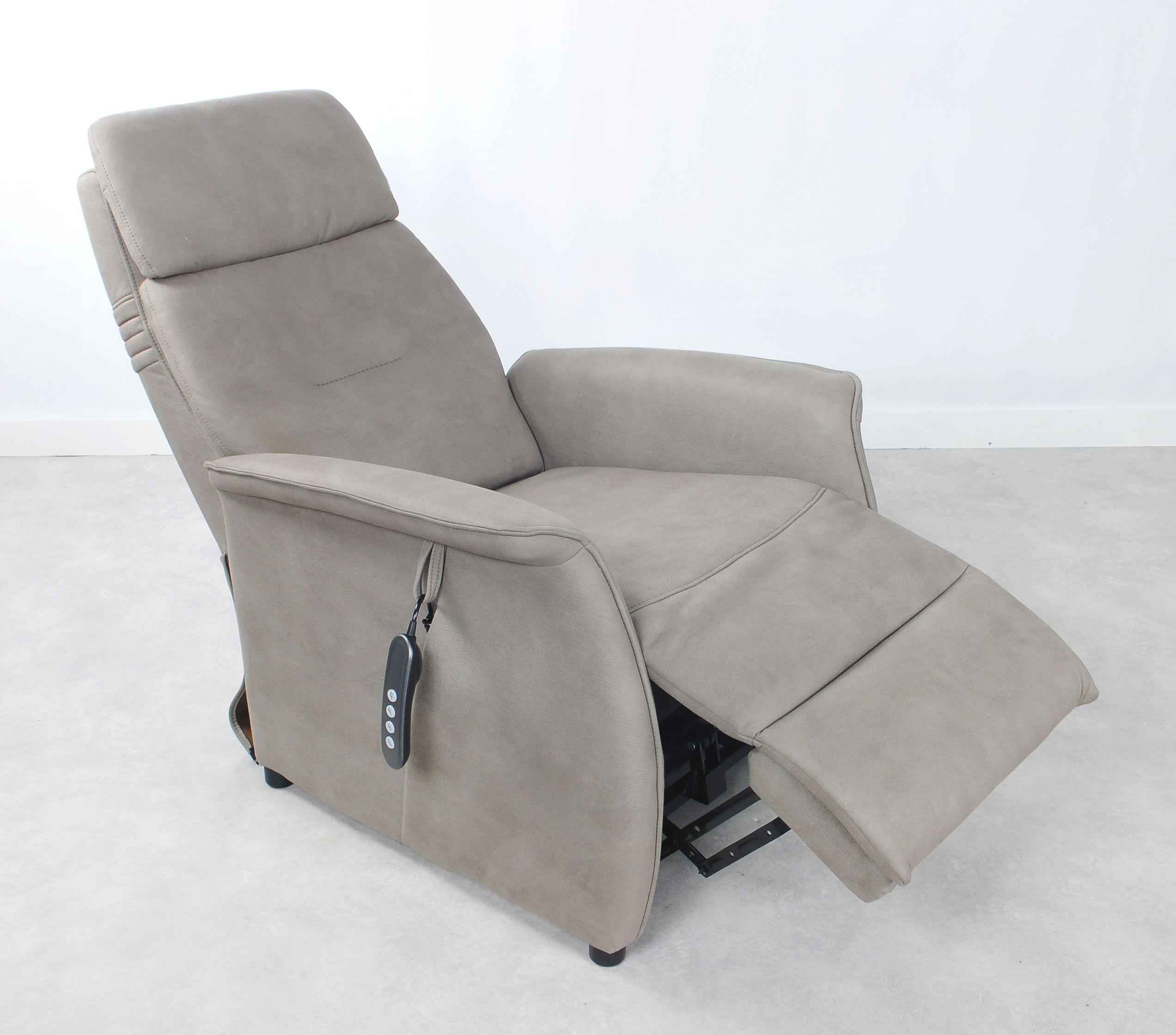 Relaxstoel R 122