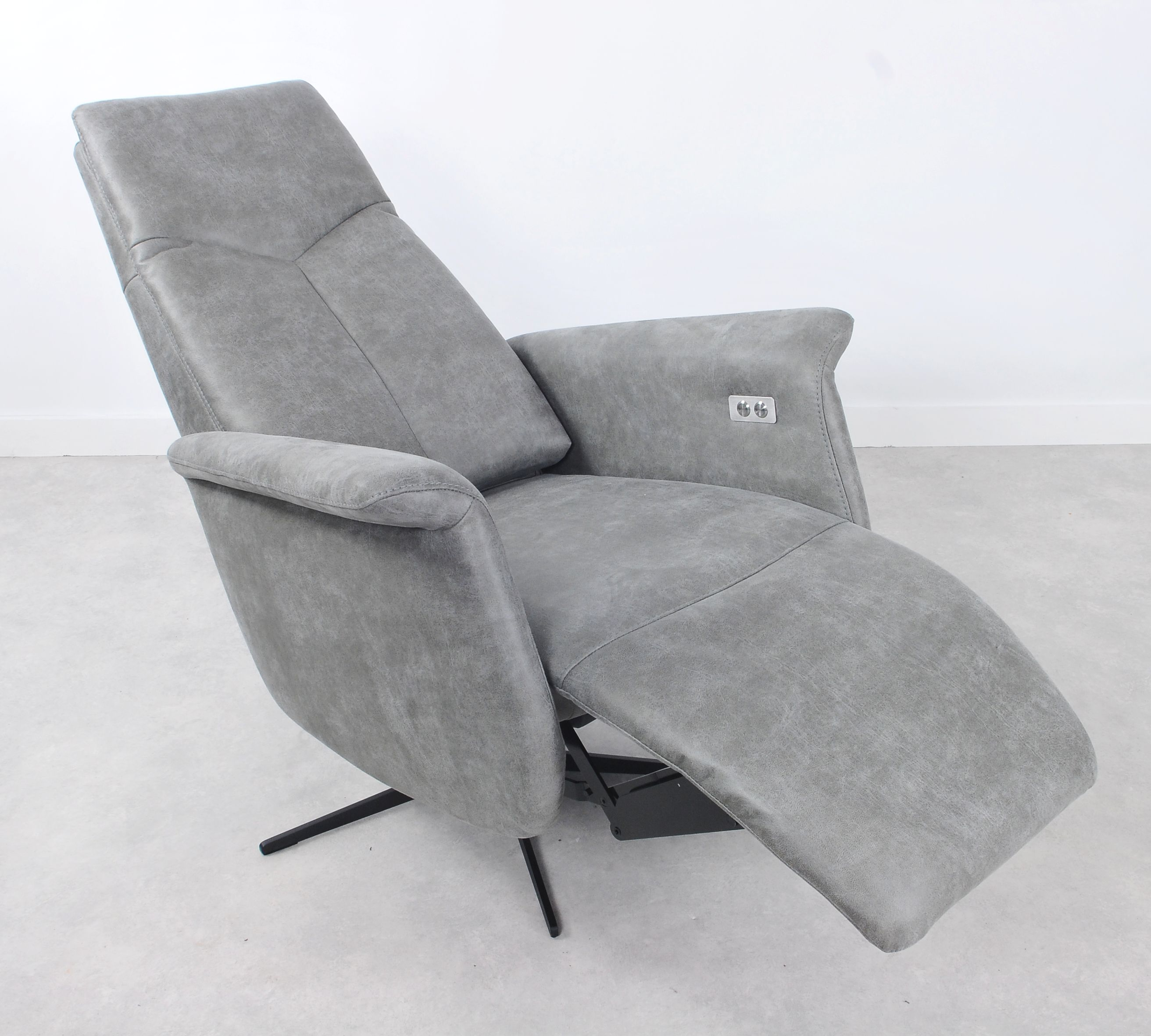 Riser recliner chair Bergen