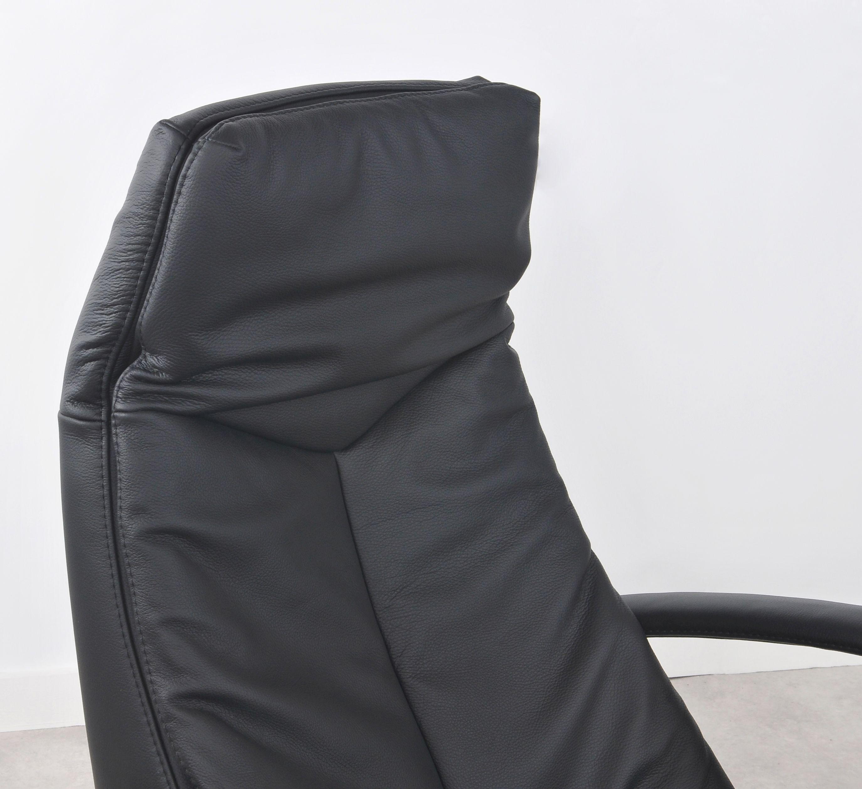 Riser recliner chair Oslo