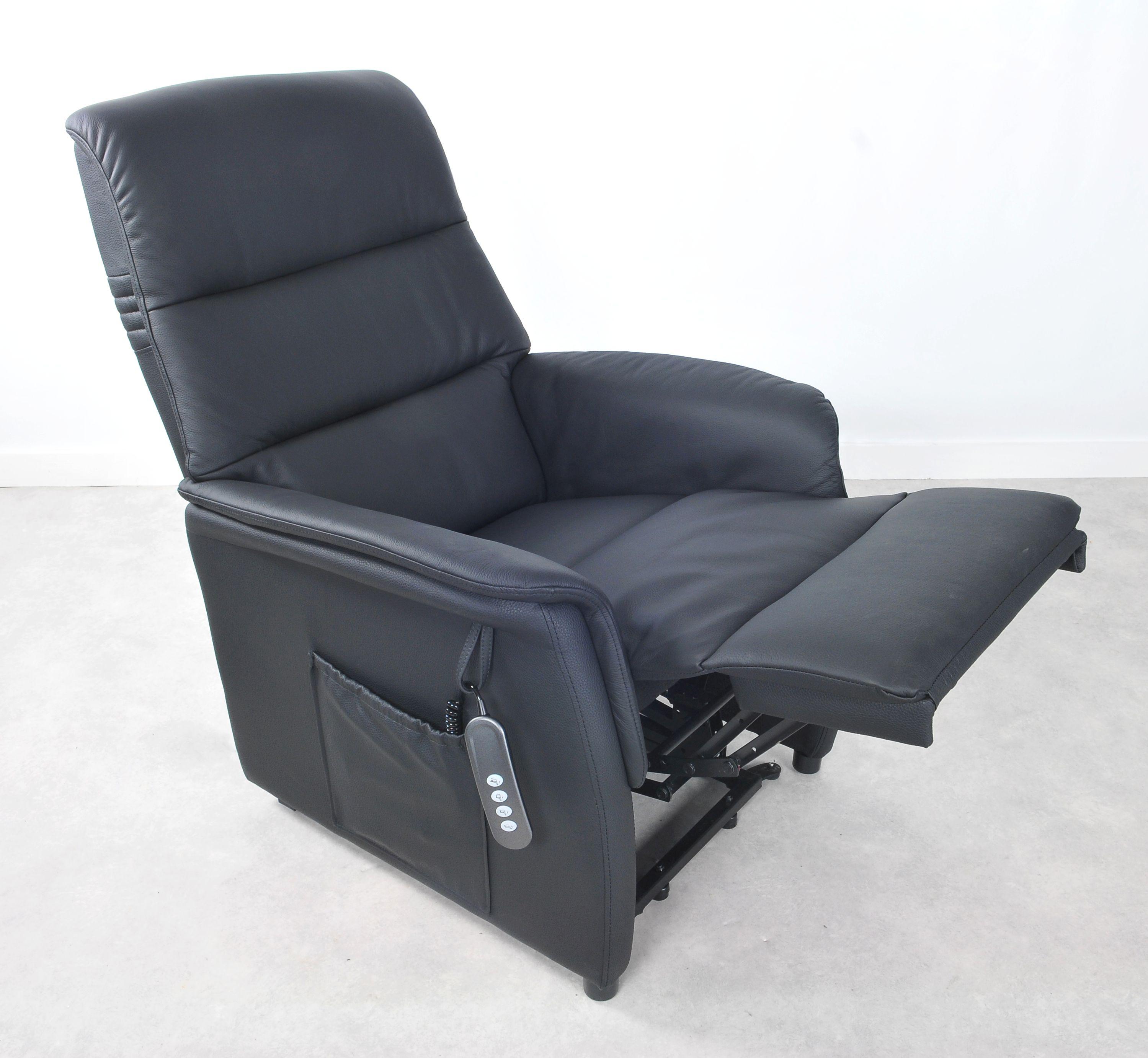 Riser recliner chair W 176