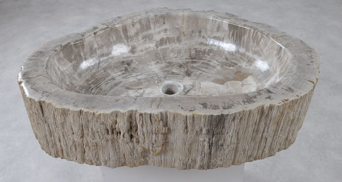 Wastafel versteend hout 36355