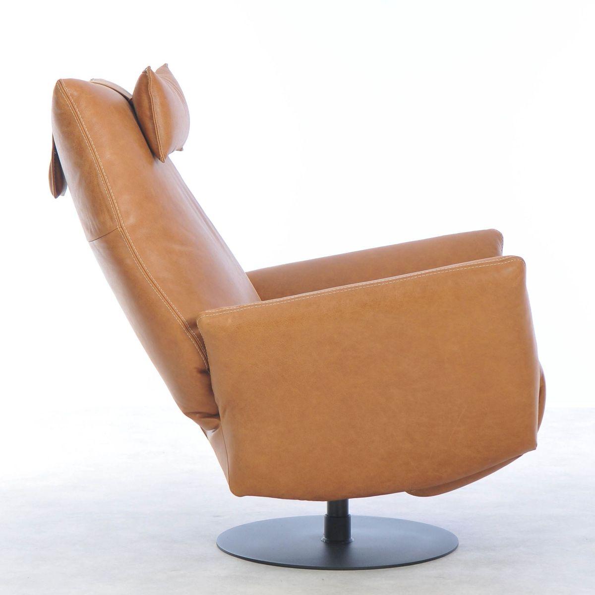 Lounge chair Jakob