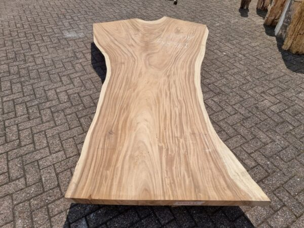 Table suar 26521