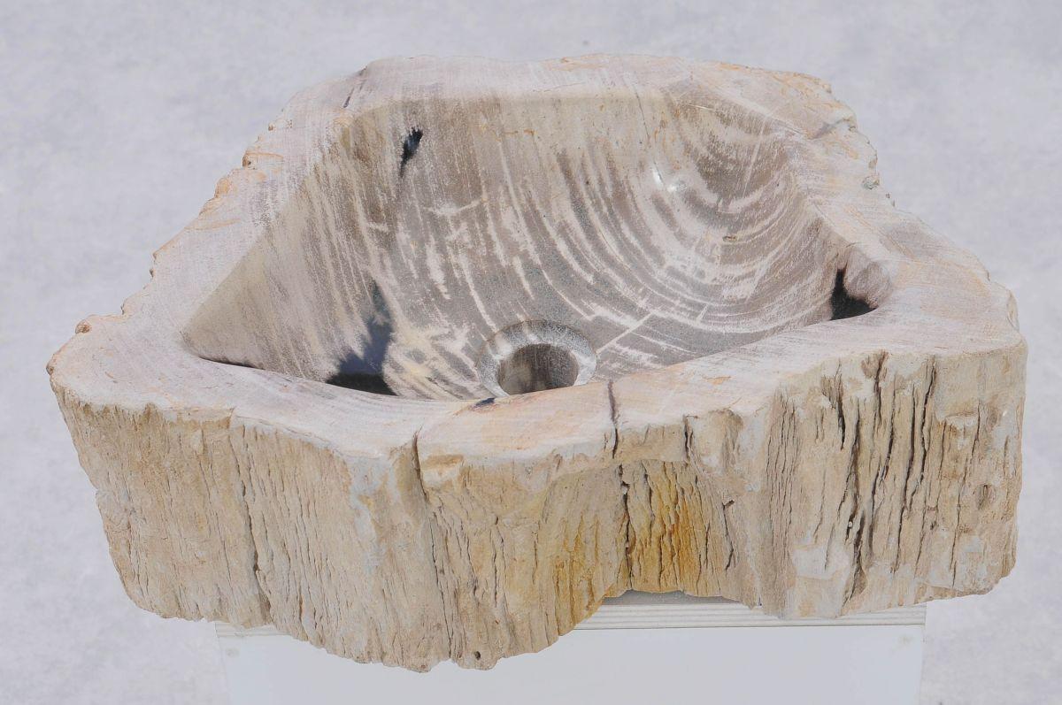 Wastafel versteend hout 37341