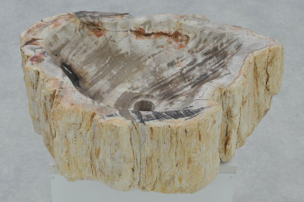 Wastafel versteend hout 37347