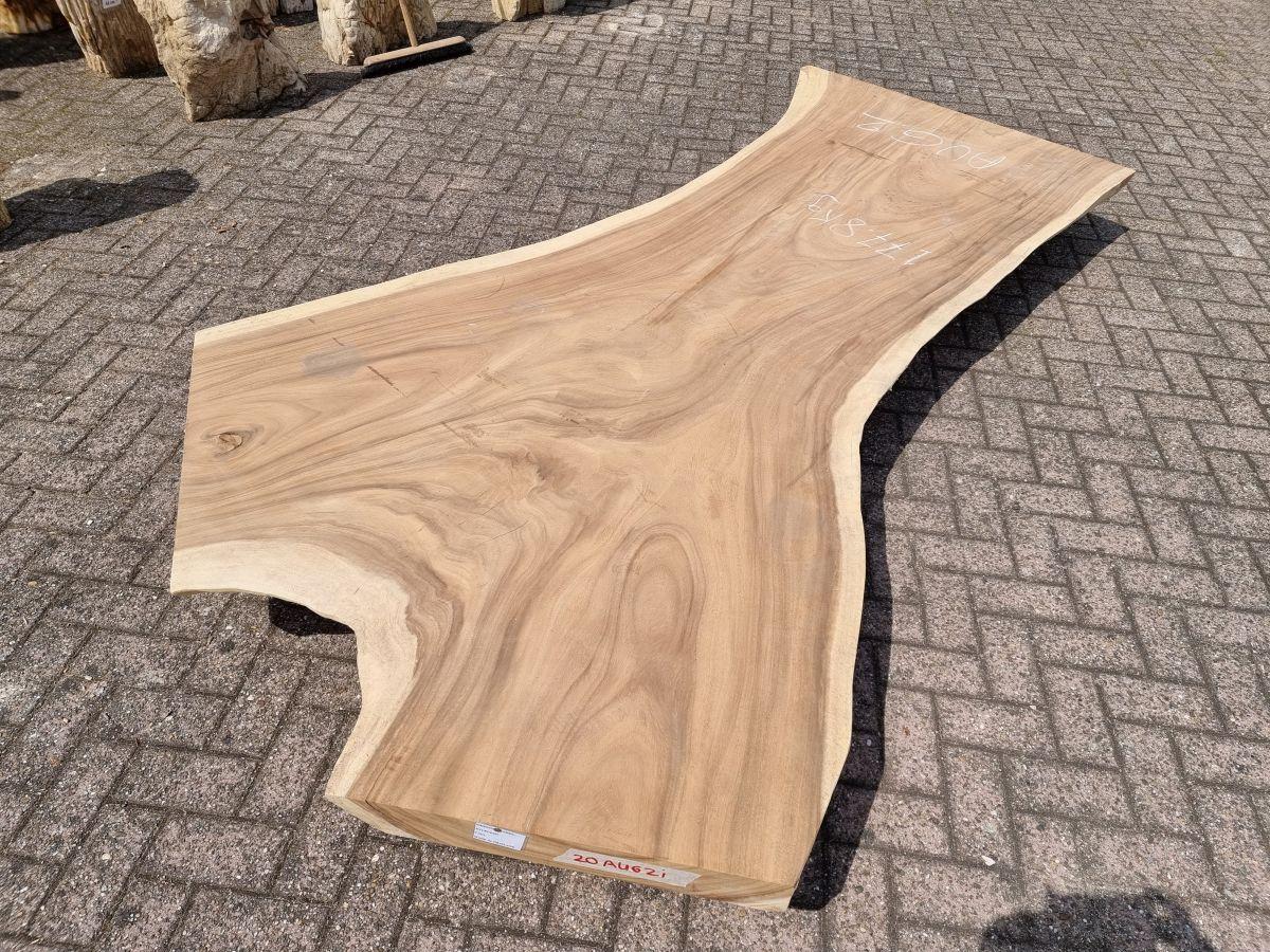 Live edge table suar 26523
