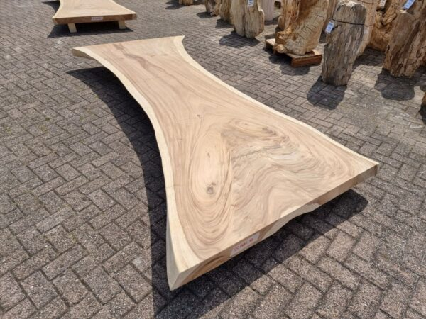 Live edge table suar 26530